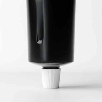 ph_squeezed-tube-alu-black_dett2
