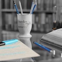 library_closeupcorrectos